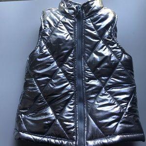Kids silver Mylar look puffer vest 6/6x coat